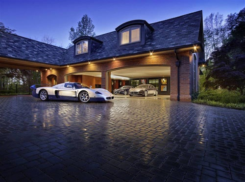 Luxury garages swagger magazine for 6 car garage house plans