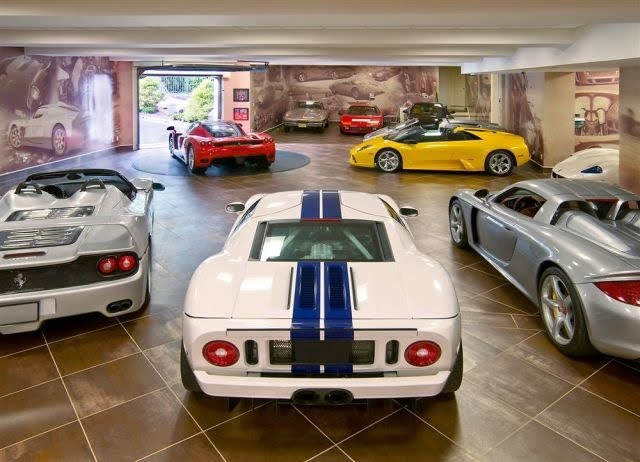 Luxury garages swagger magazine for 1 5 car garage