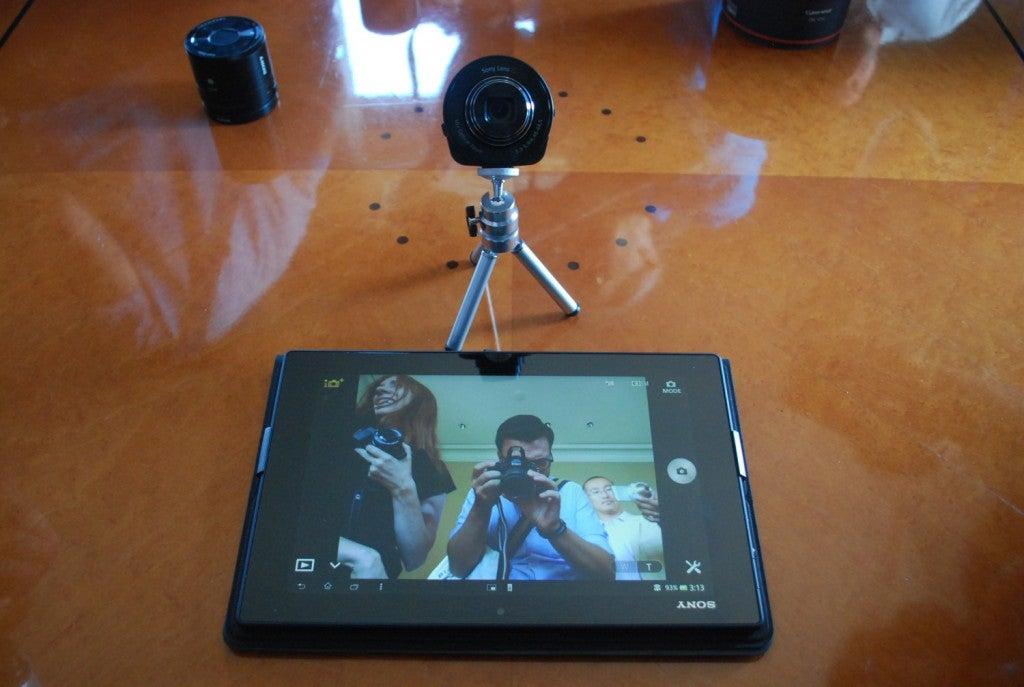 qx10-self-portait-1500x1007