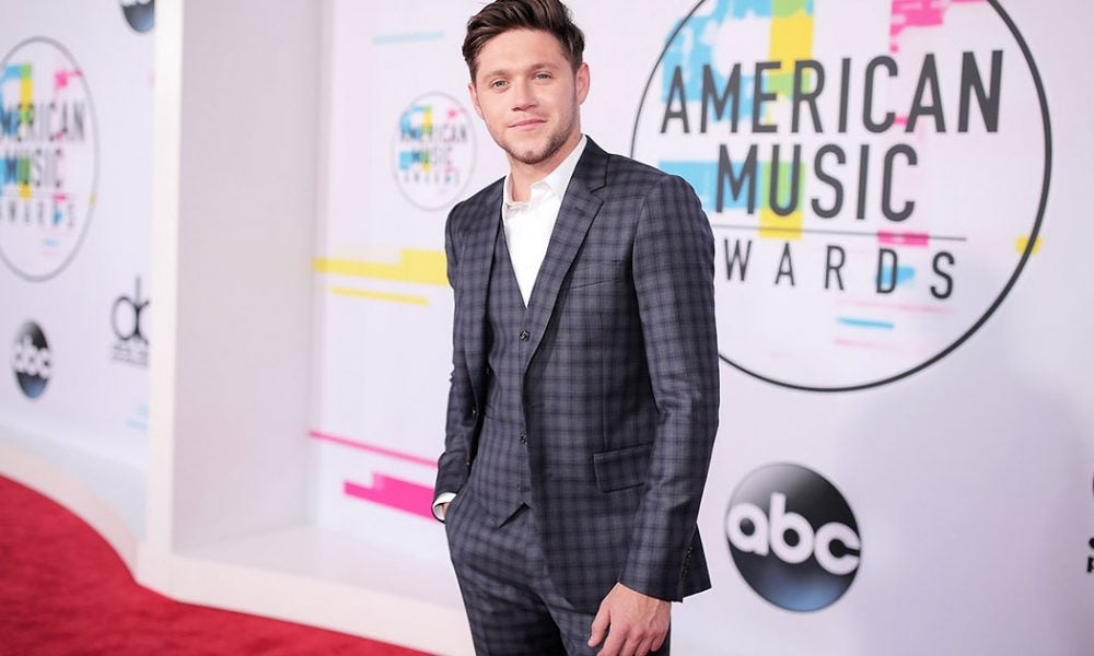 Niall Horn - 2017 AMAs - Best Dressed - SWAGGER Magazine (Getty)
