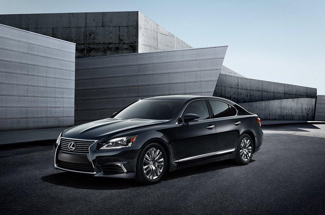 Luxury Sedan Lexus