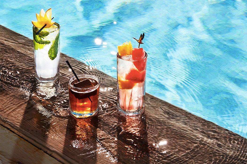 Summer Poolside Cocktails - Lavelle Toronto - SWAGGER Magazine