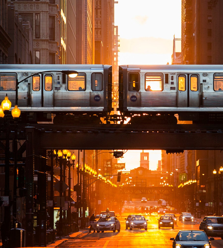 Sunset view in Chicago (Photo: Courtesy of ChooseChicago.com) - City Guide | SWAGGER Magazine