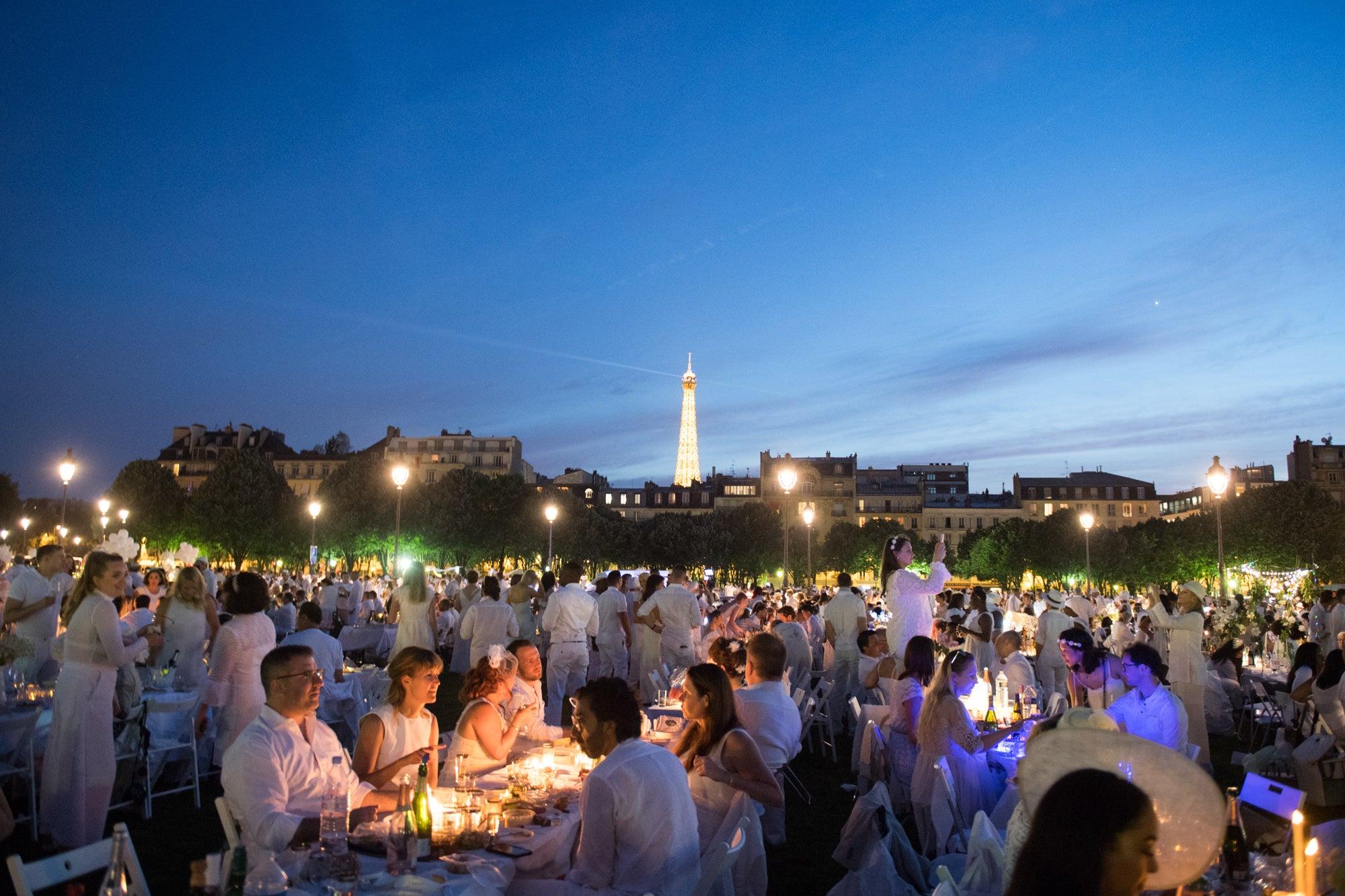 Diner en Blanc Paris Andrea Bolley | SWAGGER Magazine