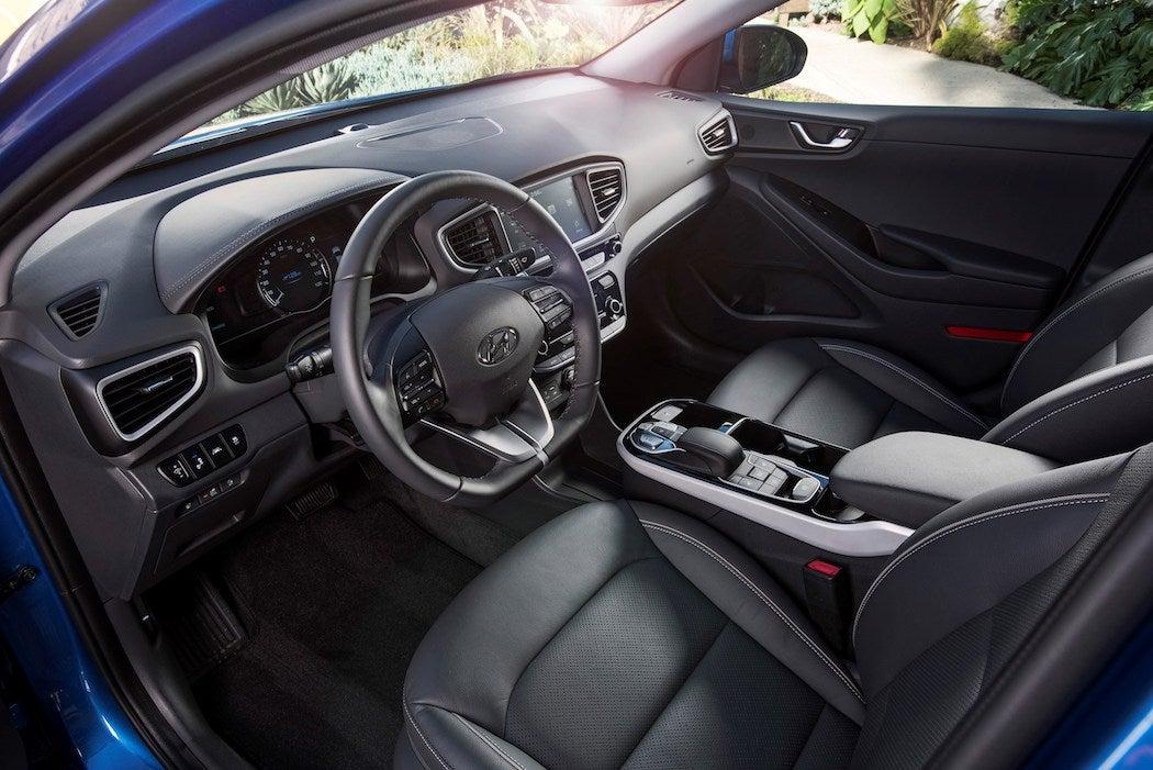 2017 Hyundai IONIQ Plug-In Hybrid Interior   SWAGGER