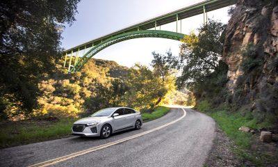 2017 IONIQ Plug-In Hybrid Hyundai | SWAGGER