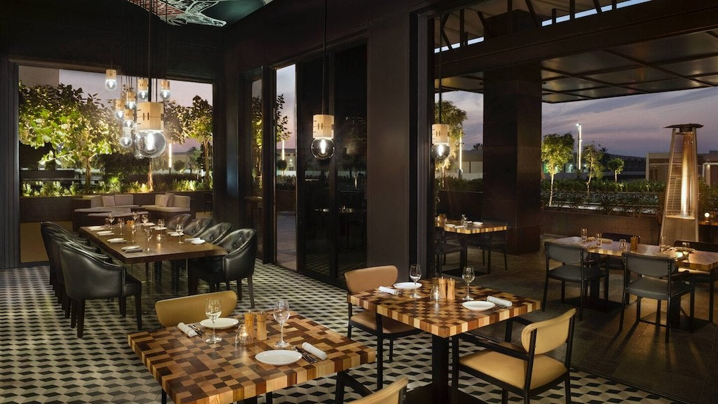 GRAZE Gastro Grill & Bar La Ville Hotel City Walk Steakhouse