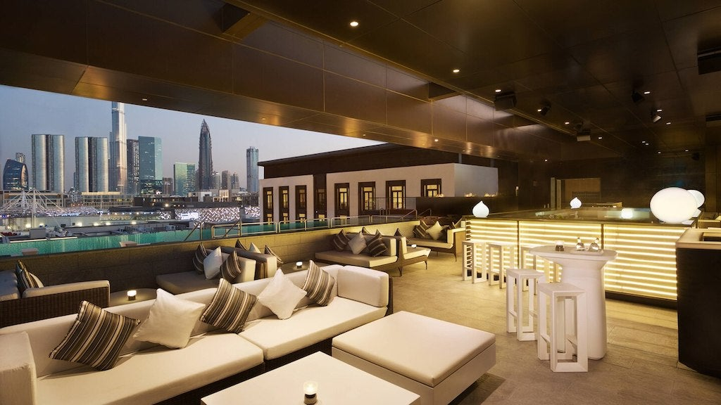 La Ville Hotel & Suites LOOKUP