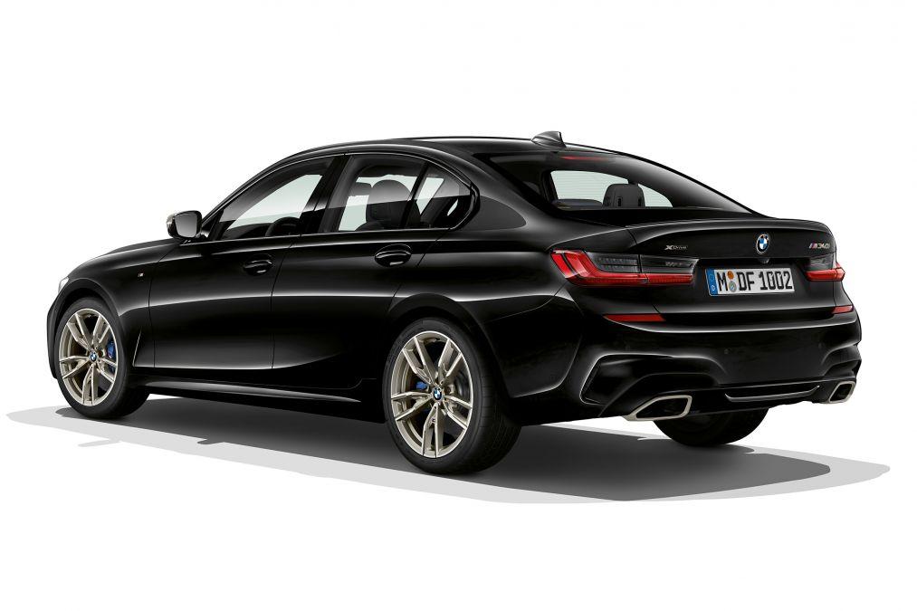 BMW M340i xDrive Back Exterior
