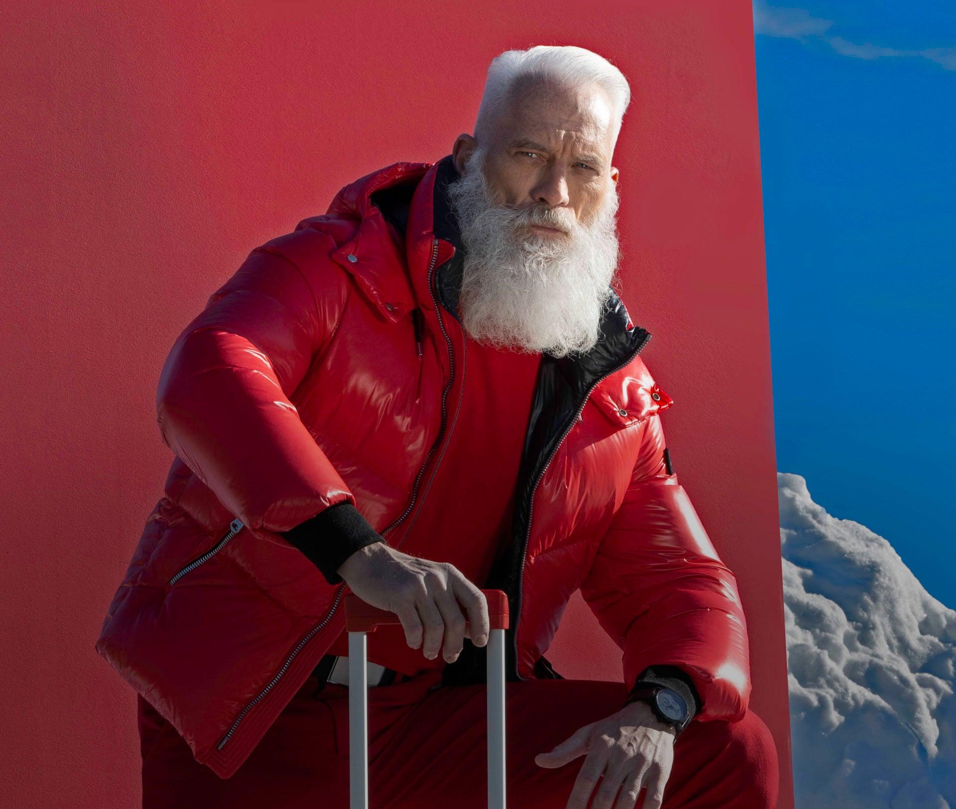 Fashion Santa shares his Gifting and Travel Tips to make