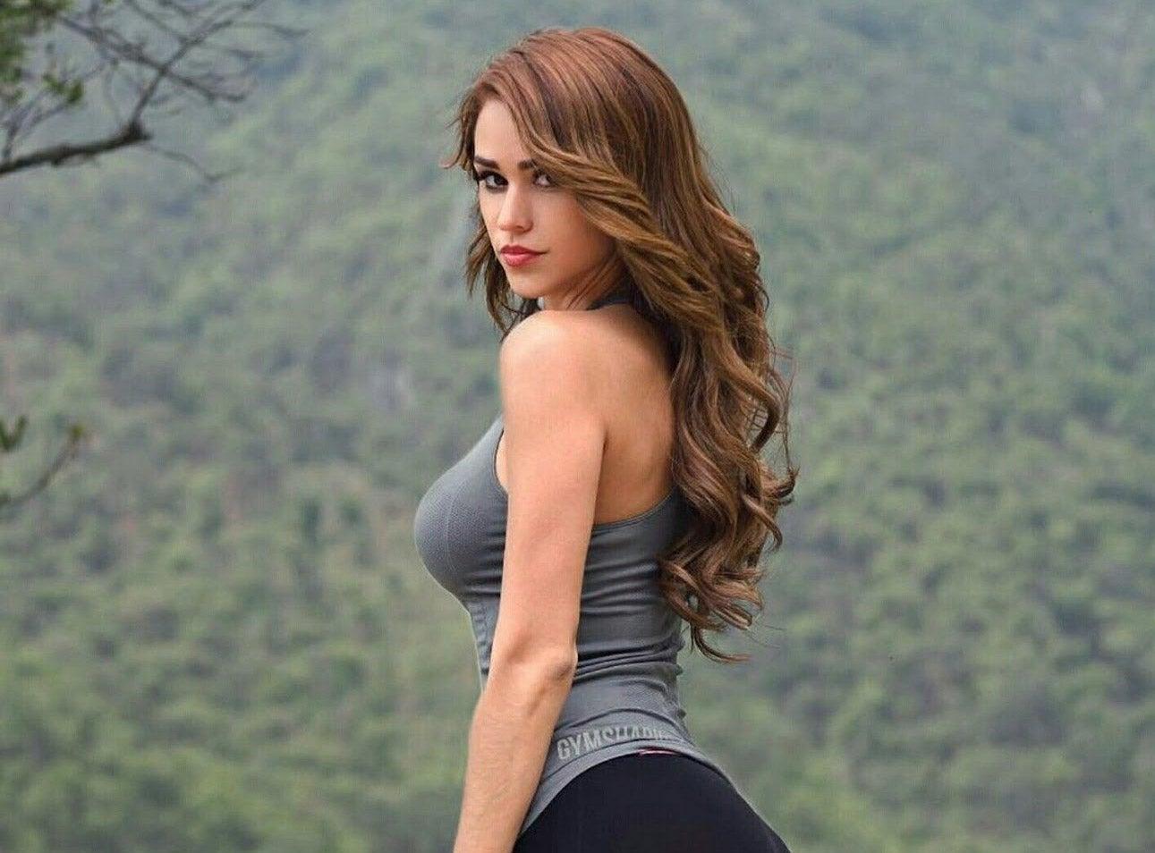 Pics of beautiful women