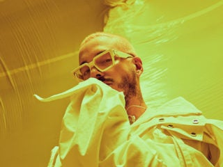 J.Balvin vibrant Colores live performance videos with Vevo